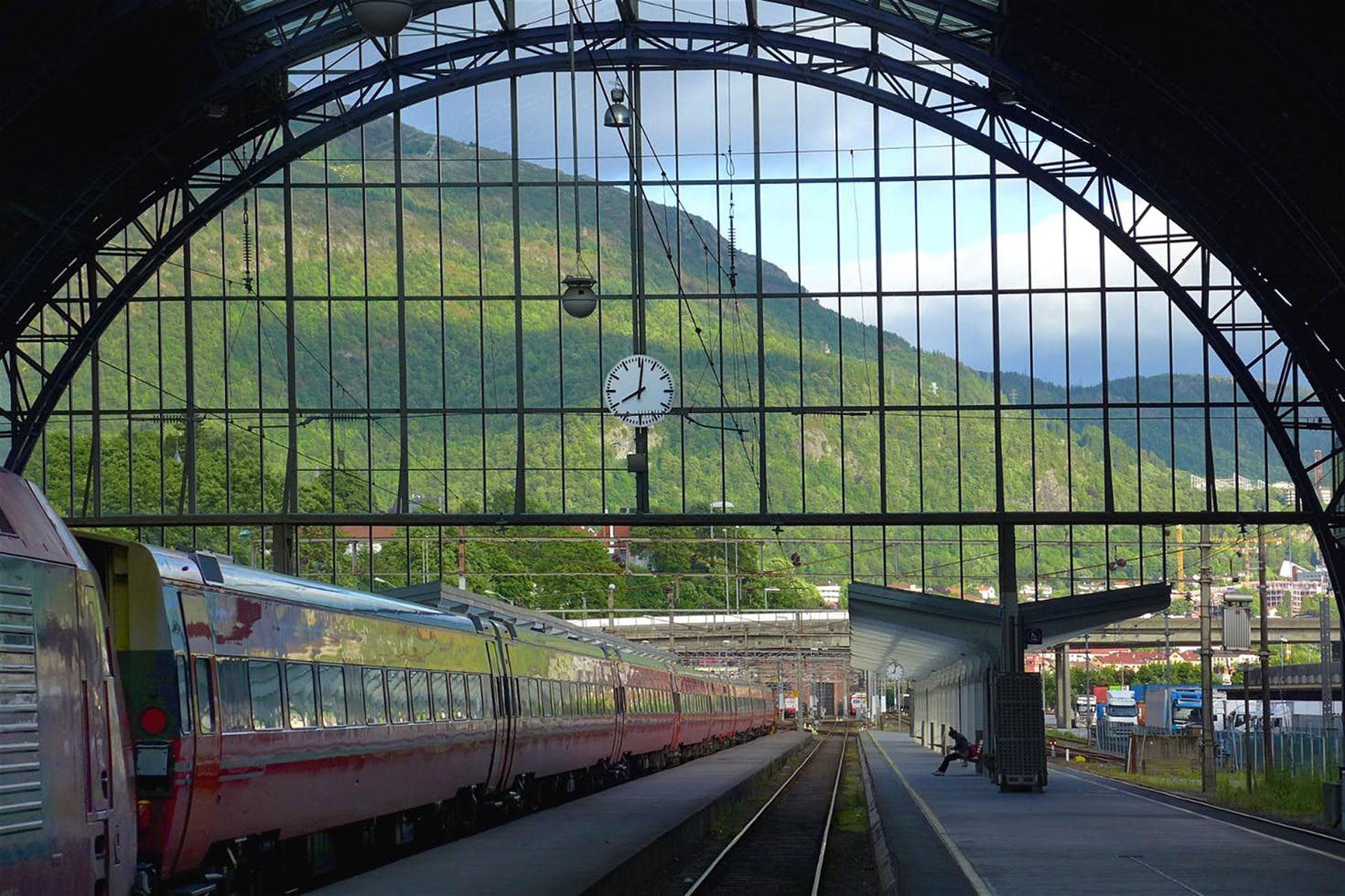2019, bergen, station